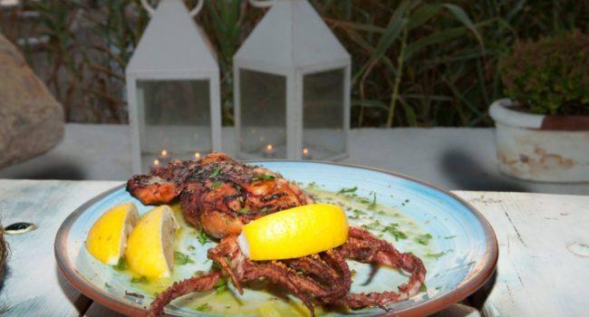 seafood restaurant Koubara Ios